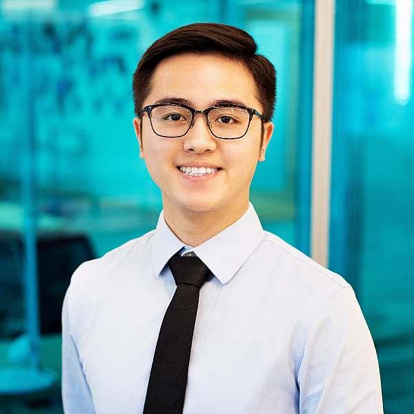 Luke Yizhou HE, Senior Analyst | Kalypso