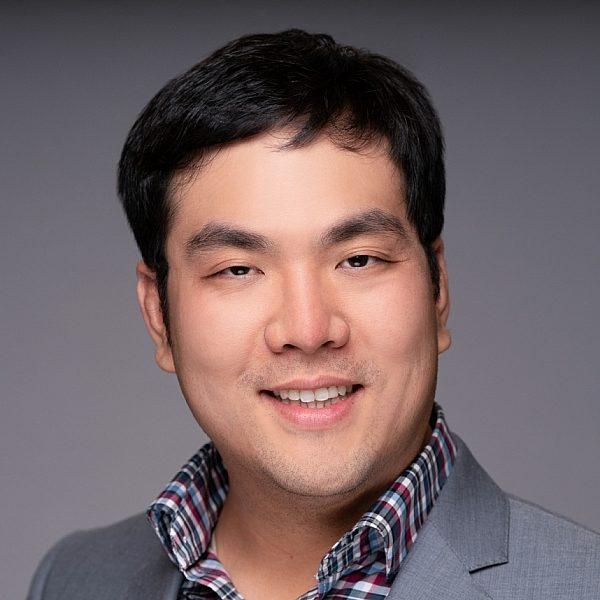 Alexander Tang 2018