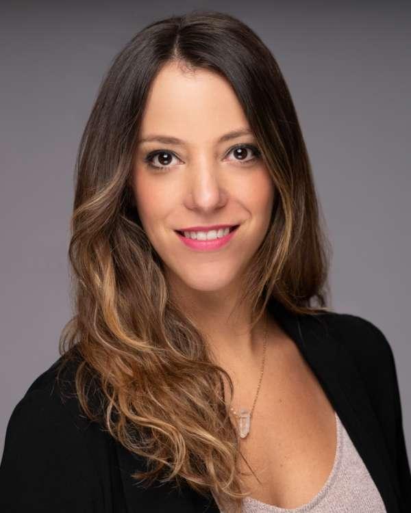 Analilia Morales, Manager   Kalypso